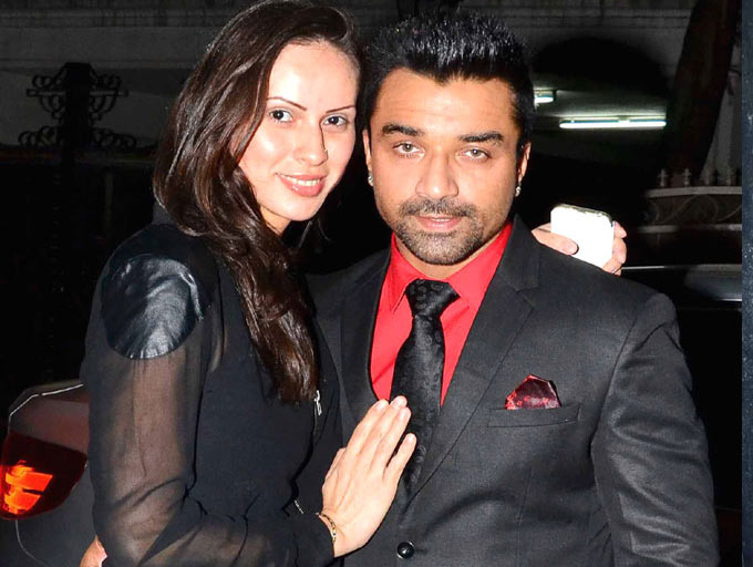 Ajaz Khan And Andrea Divorce Photos