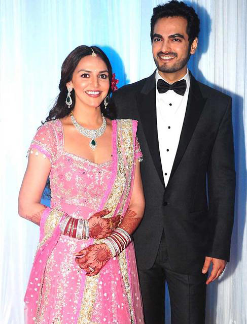 Esha Deol And Bharat Takhtani Marriage Reception Photos