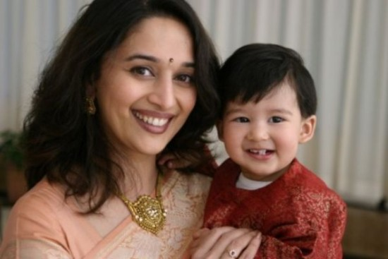 Shriram Madhav Nene And Madhuri Dixit Wedding Photos