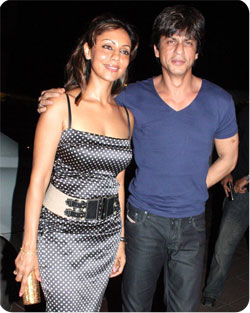Shahrukh Khan Gauri Khan Marriage Photos