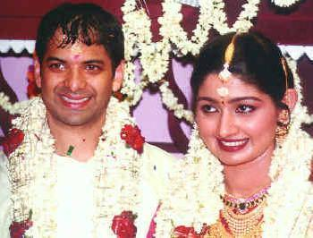 Malayalam Actress Divya Unni And Sudhir Sekharan Marriage Photos