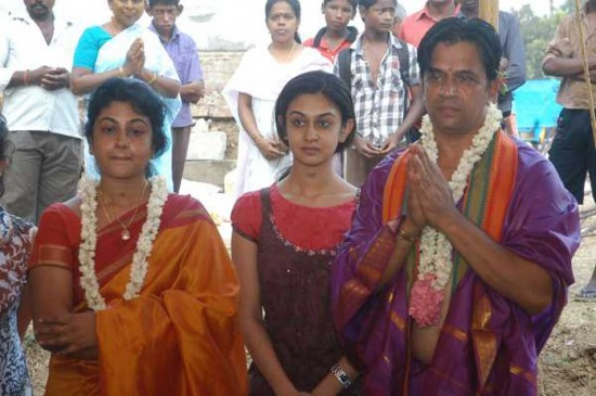 Tamil Actor Arjun Sarja And Asha Rani Marriage Photos