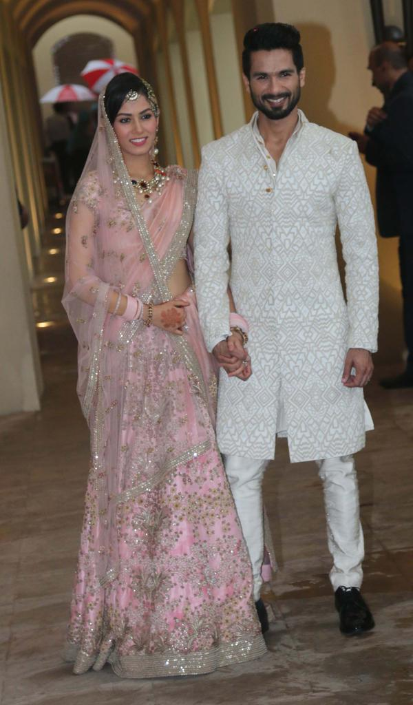Bollywood Actor Shaid Kapoor And Mira  Marriage Photos