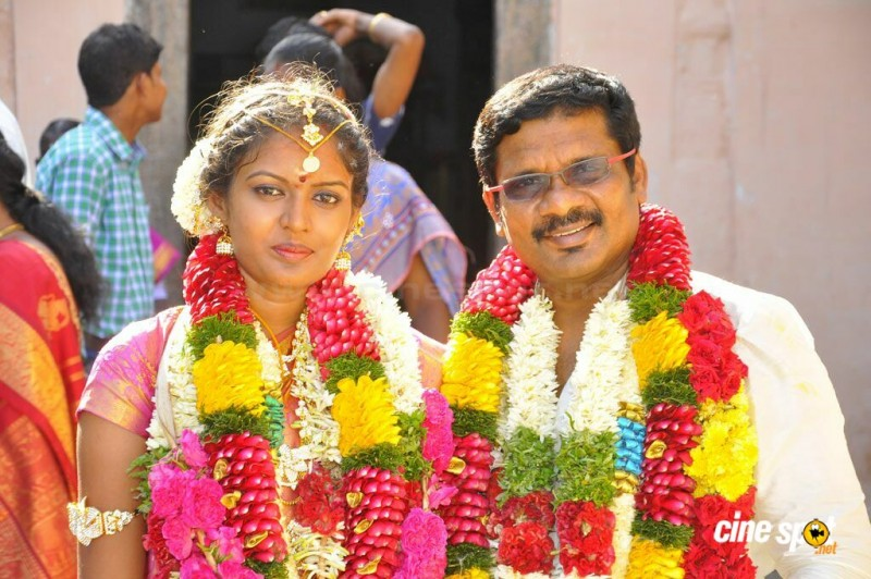 Tamil Film Diector Kathir And Shanthinidevi Marriage Photos