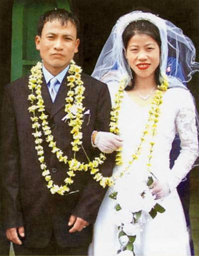 Indian Female Boxer Marry Kom And K.Onler Kom Marriage Photos