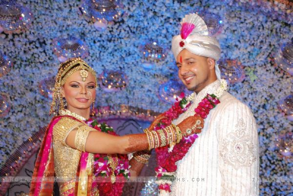Elesh Parujanwala And Rakhi Swant Wedding Photos