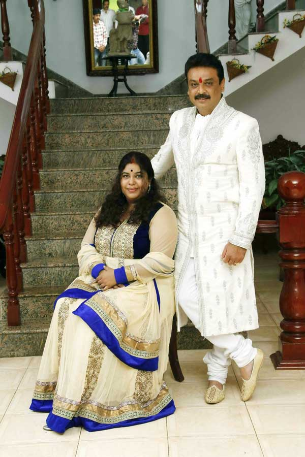 Ramya Raghupathi And Naresh Marraige Photos