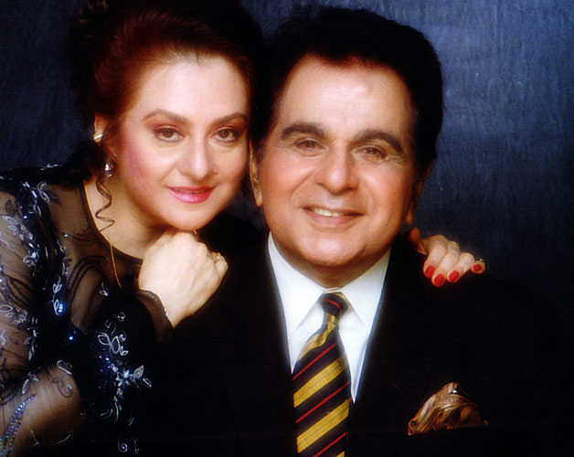 Saira Banu And Dilip Kumar Marraige Photos