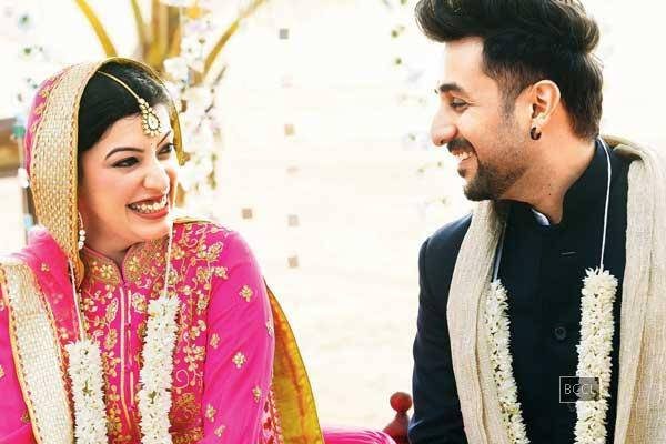 Shivani Mathur And Vir Das Marriage Photos