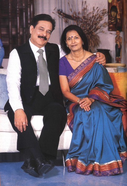 Sahara Chief Subrata Roy And Swapna Wedding Photos