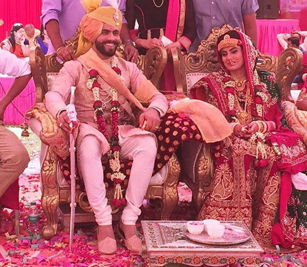 Indian Cricketer Ravindra Jadeja And Rivaba Solanki Marriage Photos