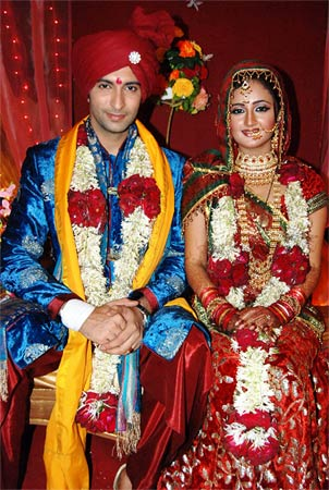 Rashami Desai And Nandish Sandhu Marriage Pics