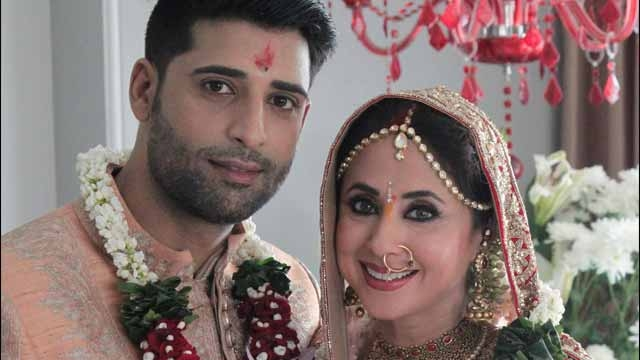 Bollywood Actress Urmila Matondkar And Mohsin Akhtar Mir Wedding Photos