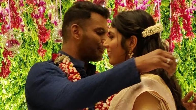 Vishal Calls Off Wedding With Anisha?