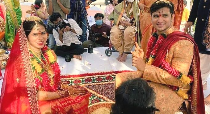 Nikhil Siddhartha Marries Girlfriend Pallavi During Lockdown