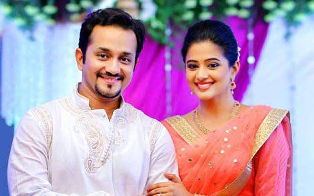 Actress Priyamani Got Engaged To Mustufa Raj