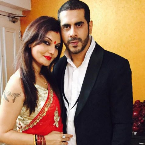 Deepshikha Nagpal And Kaishav Arora Break Their Divorce