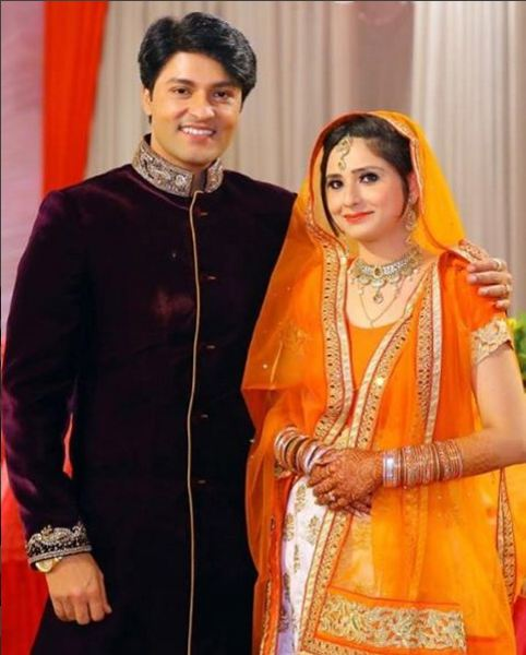 Diya Aur Baati Hum Actor Anas Rashid Aka Sooraj Rathi Gets Engaged