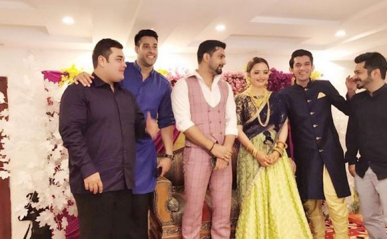 Yeh Hai Mohabbatein Actor Vineet Kumar Gets Engaged To Girlfriend Abhilasha Jakhar