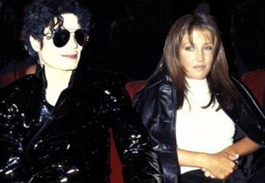 Michael Jackson  And  Lisa Marie Presley Divorce Photos