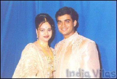 R. Madhavan And Sarita Birje Marriage Photos