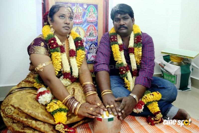 Dhivya And Tamil Director Prabhakaran Marriage Photos
