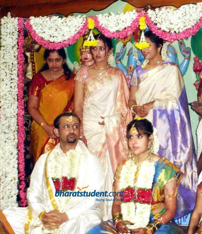 Maheswari And Jayakrishnan Marriage Photos