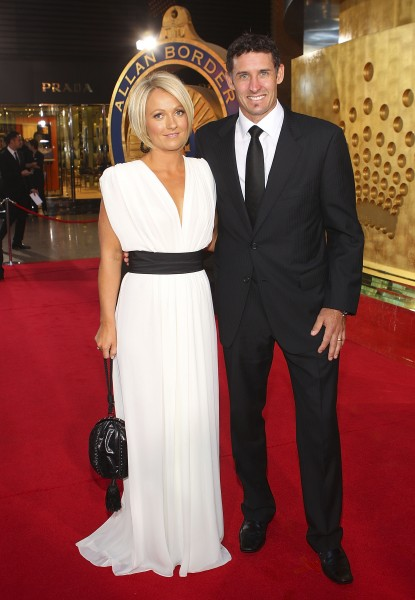 Amy And Mike Hussey Marriage Photos