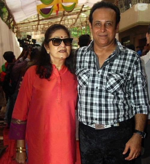 Sandesh Kohli And  Aruna Irani Wedding Photos