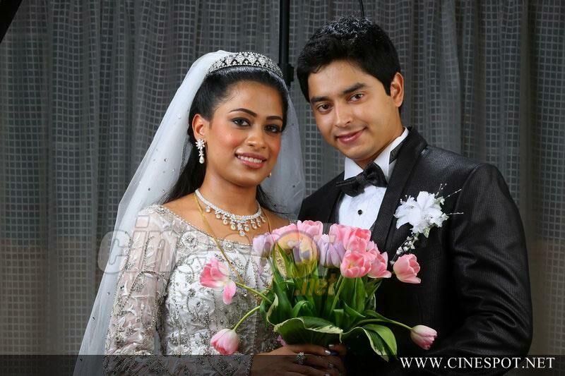 Joy Alukkas Daughter Mary And Antony Wedding Photos