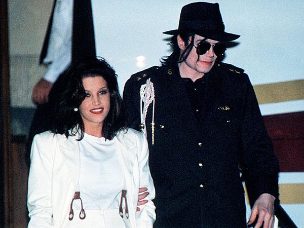 Michael Jackson  And  Lisa Marie Presley 1st Wedding Photos