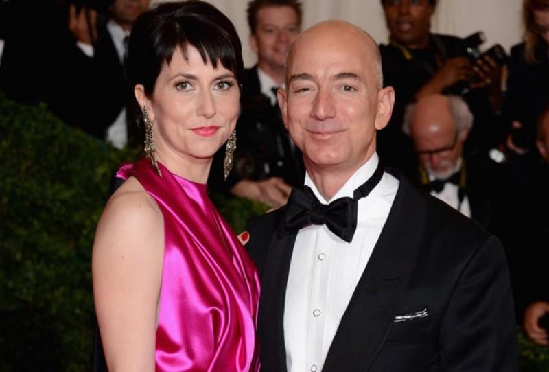 Jeff Bezos And MacKenzie Bezos Wedding Photos