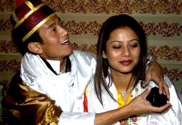 Baichung Bhutia And Madhuri Tipnis Wedding Photos