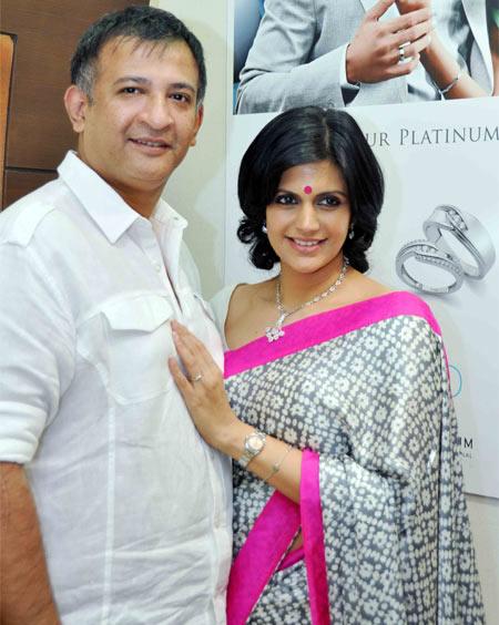 Raj Kaushal And  Mandira Bedi Wedding Photos