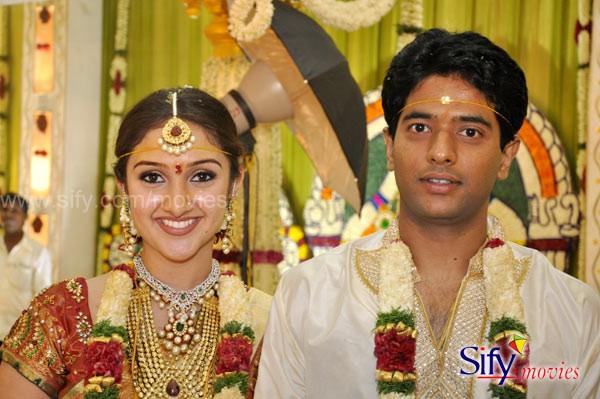 Actress Sridevi Vijayakumar And Rahul Marriage Photos