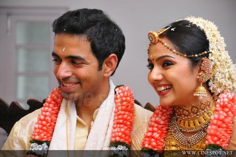 Actress Samvritha Sunil And Akhil Jayaraj Marriage Photos