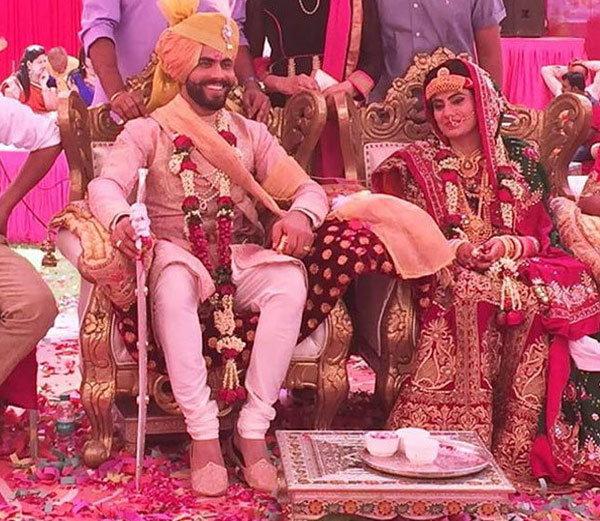 Indian Cricketer Ravindra Jadeja And Rivaba Solanki Marriage Photos