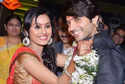 Ashish Sharma And Archana Taide Wedding Pics