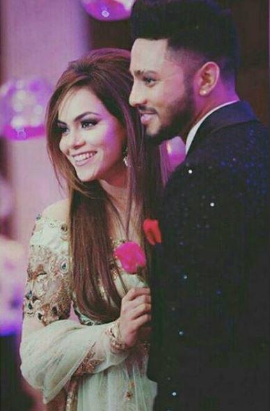 Rapper Raftaar And Komal Vohra Wedding Photos