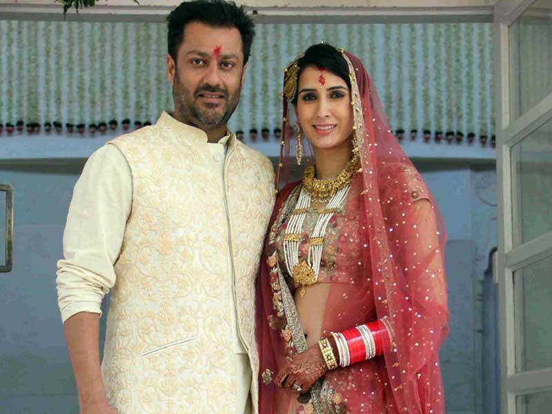 Abhishek Kapoor And Pragya Yadav Marriage Photos