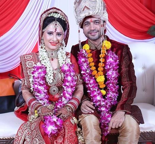 Puja Joshi And Maanish Wedding Pics