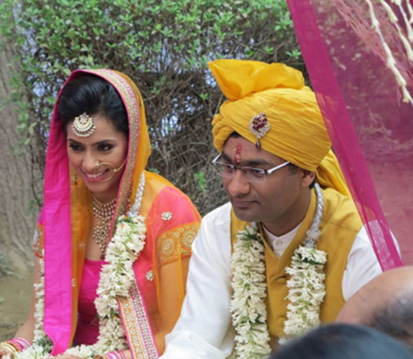 Shubhi Mehta And Apoorv Bajpai Wedding Pics