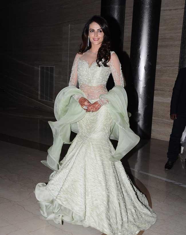 Gauahar Khan, Ekta Kapoor And Others At Mandana-Gaurav�s GRAND Wedding Reception!