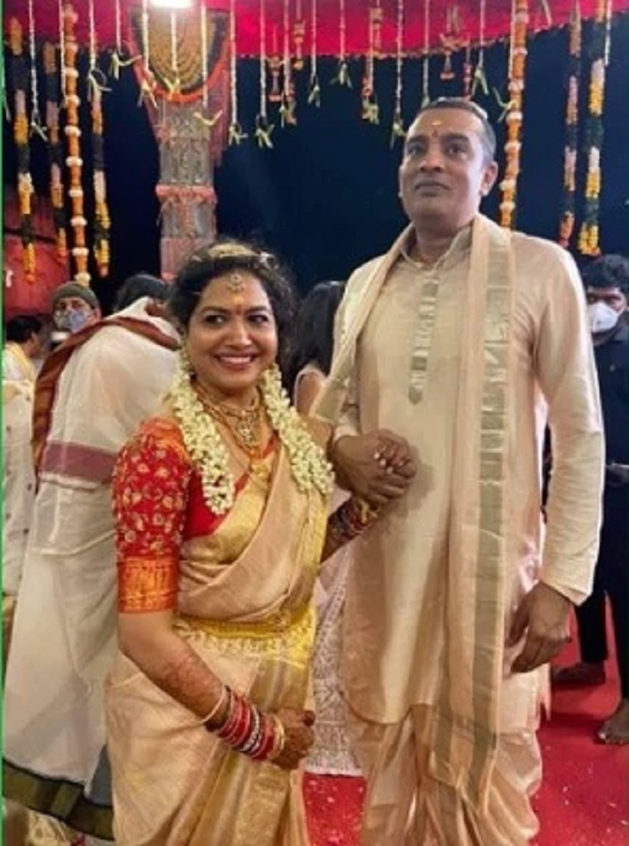 Singer Sunitha Was Married To Ram Veerapaneni