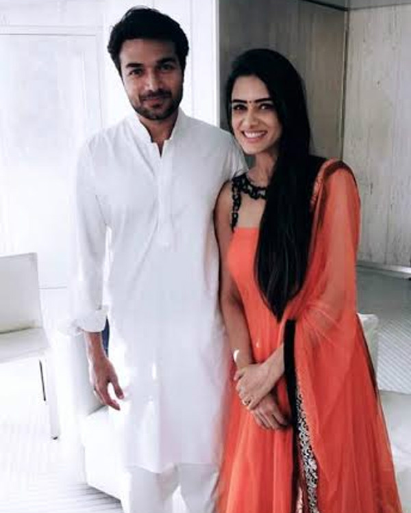 Meri Aashiqui Tumse Hi Couple Smriti Khanna And Gautam Gupta Engagement Pics